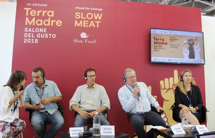 Slow Food schließt sich der Europäischen Bürgerinitiative zum Verbot der Käfighaltung an