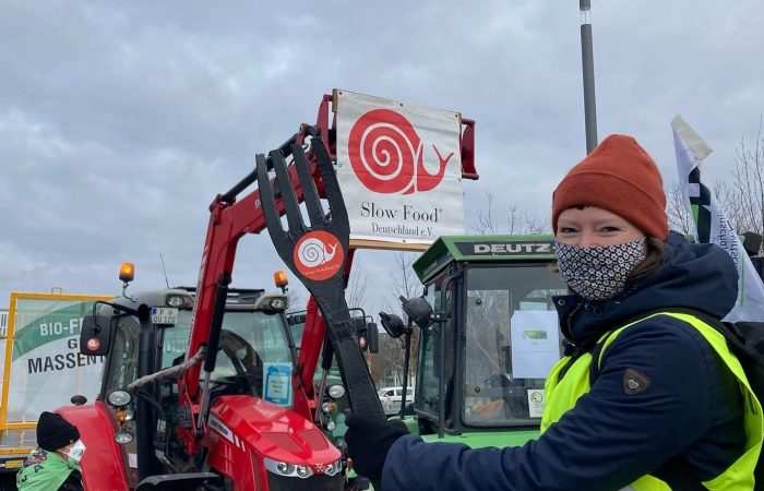 """Footprint Action in Berlin: """"Vote out the agricultural industry – Kick-off Agricultural Change!"""""""