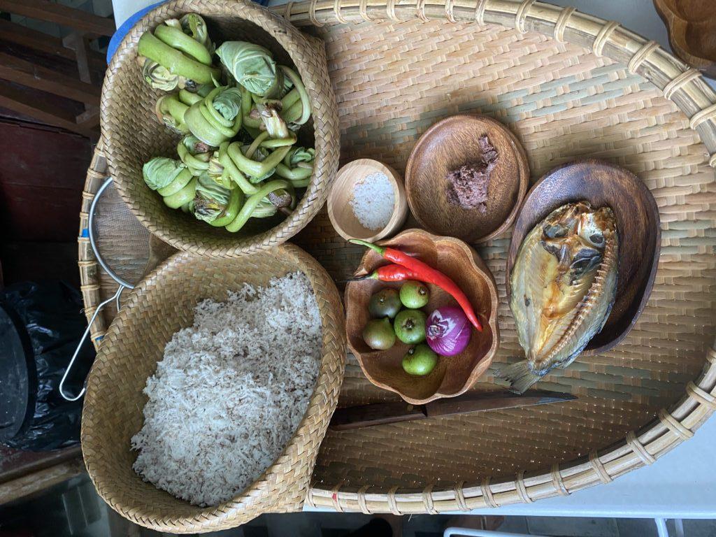 Riz, poisson et légumes de l'île de Negros. Photo: Reena Gamboa et Ramon Uy Jr