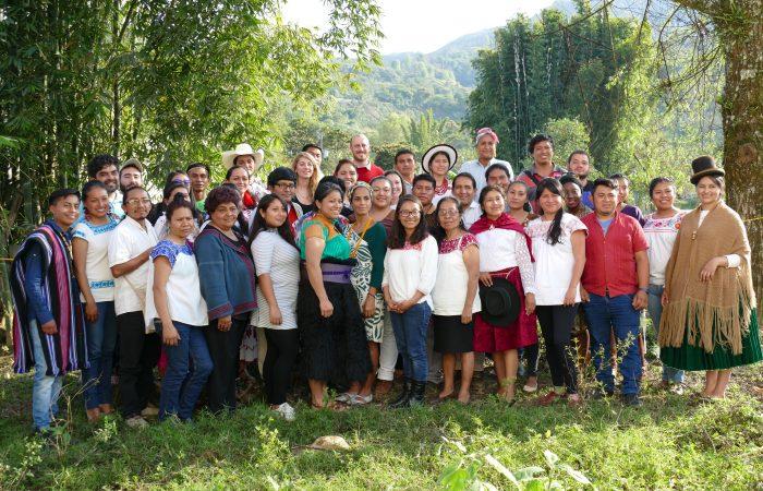 Convocatoria: Oportunidad para líderes indígenas – Capacitación de liderazgo, derechos de pueblos indígenas y soberanía alimentaria